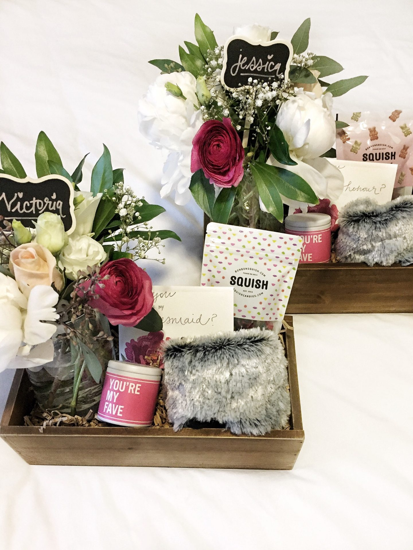 How to make a diy bridesmaid box pretty wont break the bank ok so first and foremost im all about useful gifts and that really guided the choice to do a diy bridesmaid box gift and the contents within solutioingenieria Choice Image
